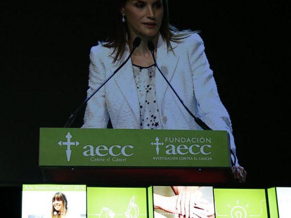 """AECC - """"V"""" de vida"""